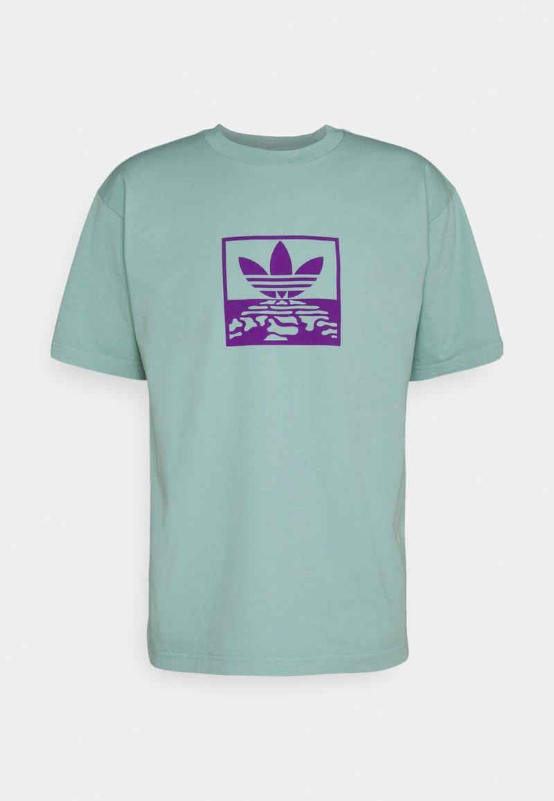 adidas Originals - OVERDYE TEE UNISEX - T-shirt imprimé - acid mint