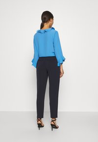 Wallis Petite - PULL ON TROUSER - Trousers - navy - 2