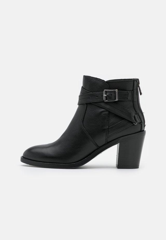 TRIALMASTER - Kotníková obuv - black