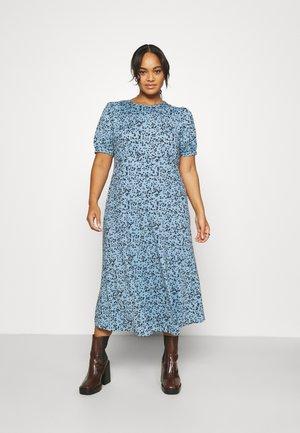 SUPERSOFT MIDI DRESS WITH SPLIT - Žerzejové šaty - blue floral