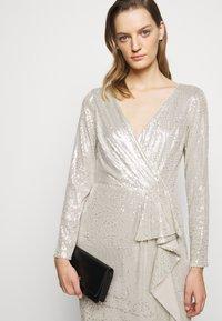 Lauren Ralph Lauren - MILLBROOK DRESS - Koktejlové šaty/ šaty na párty - silver frost shin - 4