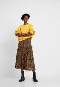 American Vintage - KINOUBA - Sweatshirts - marmelade - 1