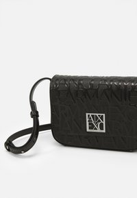 Armani Exchange - SMALL SHOULDER STRAP - Across body bag - nero - 4