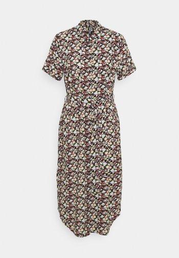PCCECILIE DRESS - Shirt dress - plein air