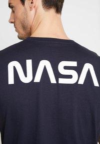 Alpha Industries - T-shirt imprimé - blue - 4