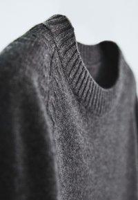 Massimo Dutti - Trui - grey - 4