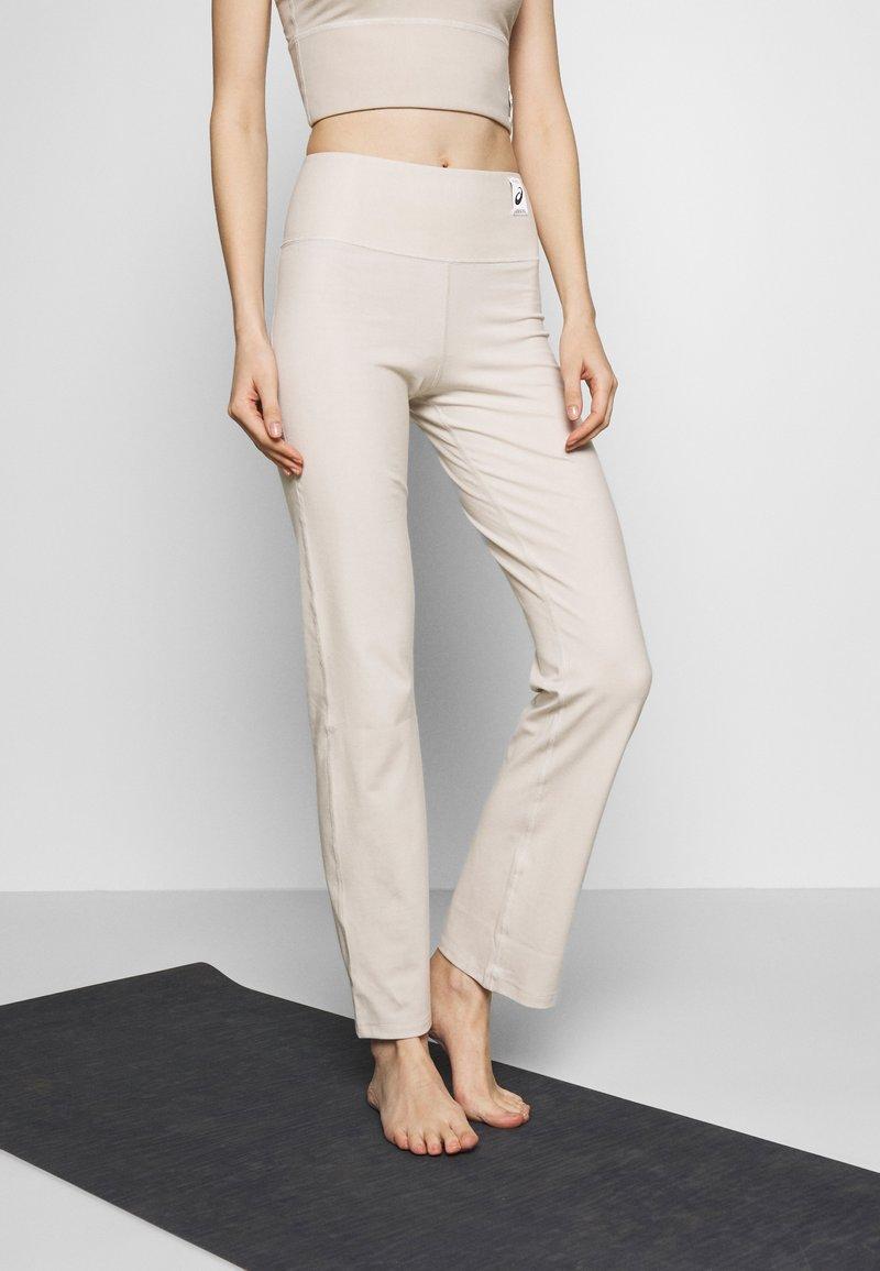 ASICS - SHIZUKA WORKOUT PANT - Pantalones deportivos - mid grey