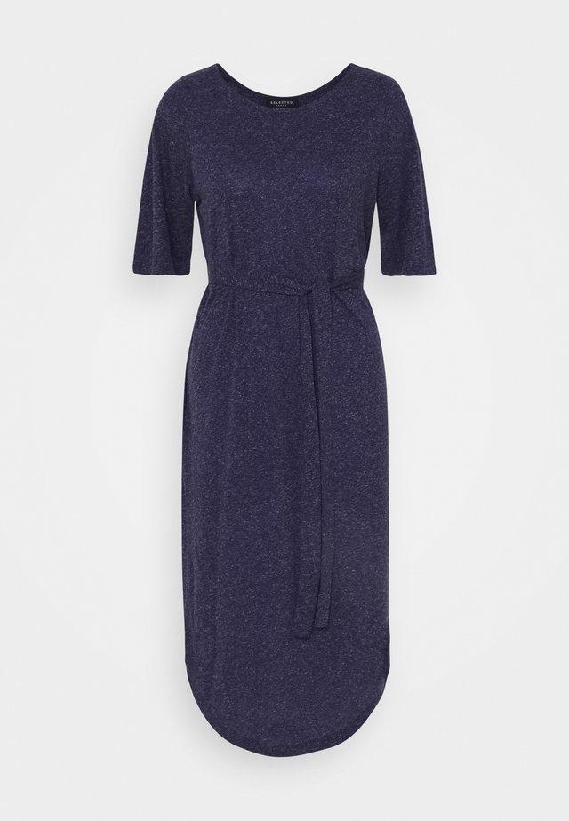 SLFIVY BEACH DRESS - Sukienka z dżerseju - maritime blue