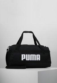 Puma - CHALLENGER DUFFEL BAG M - Sports bag - black - 0