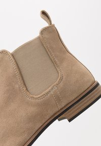 Topman - SUMMER CHELSEA - Classic ankle boots - stone - 5