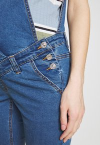 Missguided Maternity - DUNAGREE - Dungarees - blue - 5