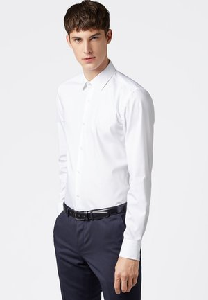 JENNO SLIM FIT - Formal shirt - white