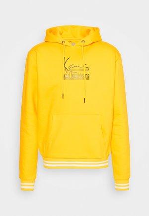 SIGNATURE HOODIE - Sweatshirt - yellow