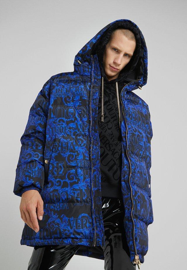 LONG DOWN JACKET - Płaszcz puchowy - black/blue