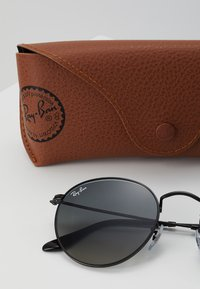 Ray-Ban - Sunglasses - black - 3