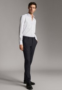 Massimo Dutti - MIT OTTOMANSTRUKTUR - Formal shirt - white - 1
