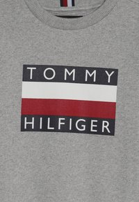 Tommy Hilfiger - ESSENTIAL  - Collegepaita - grey - 3