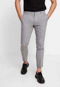 Viggo - ALTA TAPERED - Trousers - light grey - 0