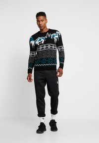 New Look - WOLF FAIRISLE CREW - Svetr - black - 1