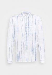 Wrangler - LS 1 PKT SHIRT - Shirt - white - 5