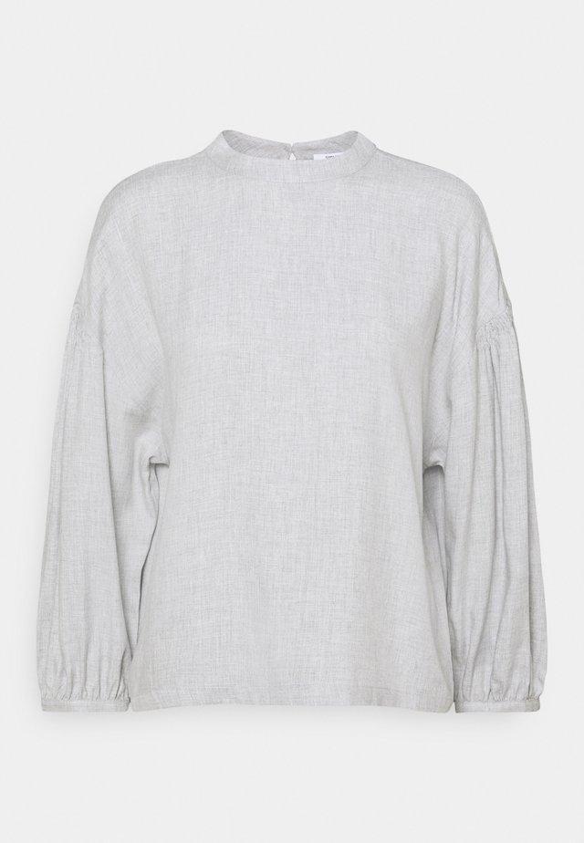 FAMALFI - Bluser - iron grey melange