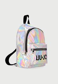 Liu Jo Kids - IRIDESCENT - Rucksack - silver - 2