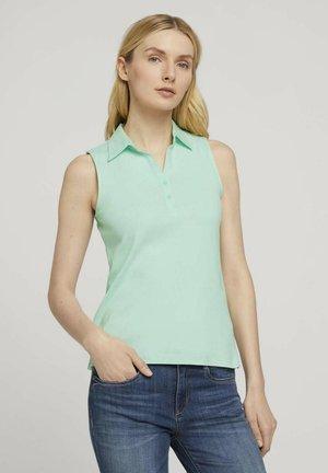 Poloshirt - minty green