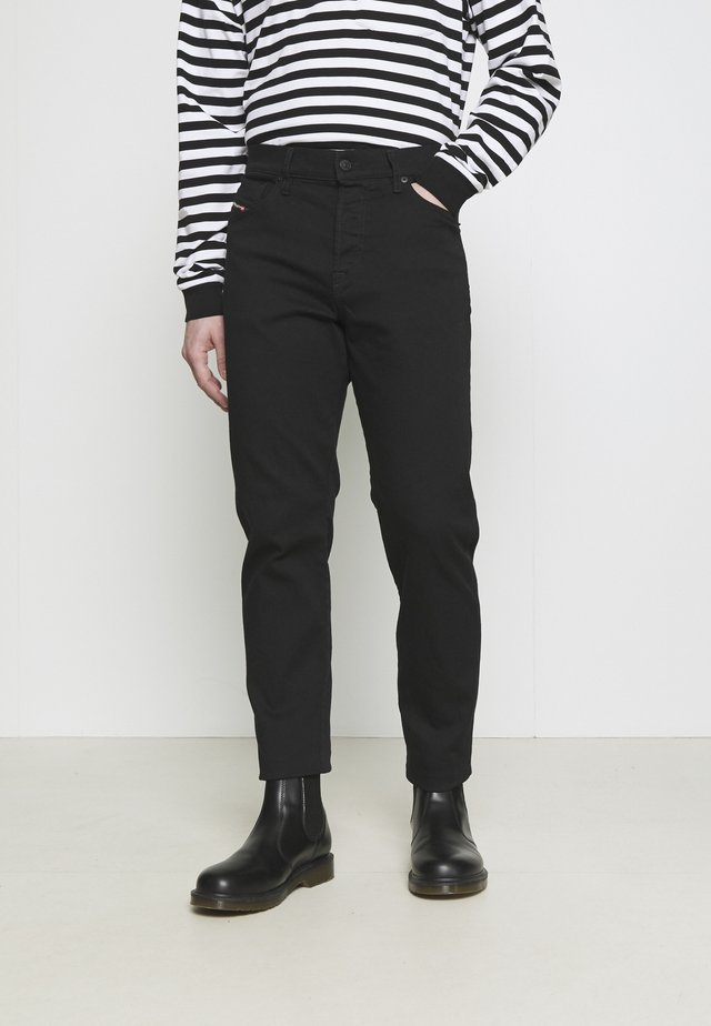 D-FINING - Straight leg -farkut - black