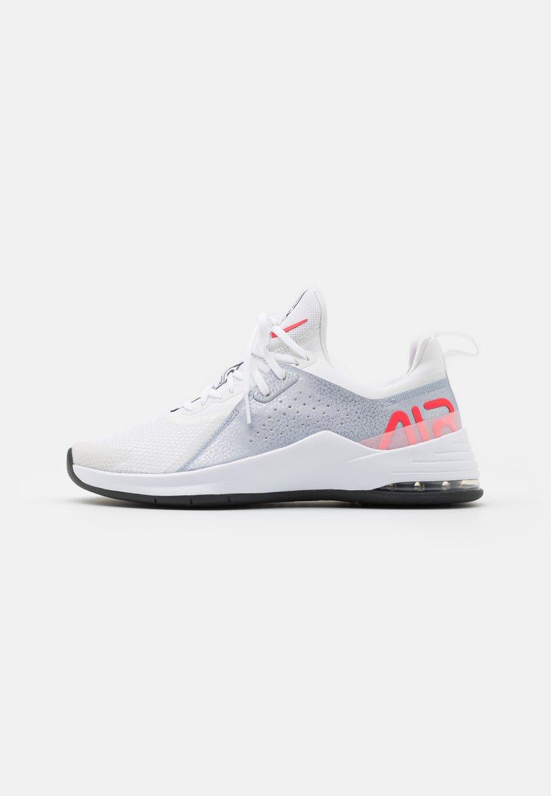 Nike Performance - AIR MAX BELLA TR 3 - Treningssko - white/bright crimson/football grey