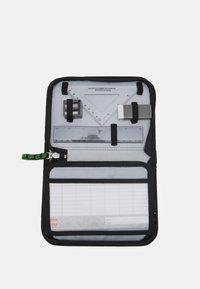Lego Bags - PENCIL CASE UNISEX - Penál - green/red - 2