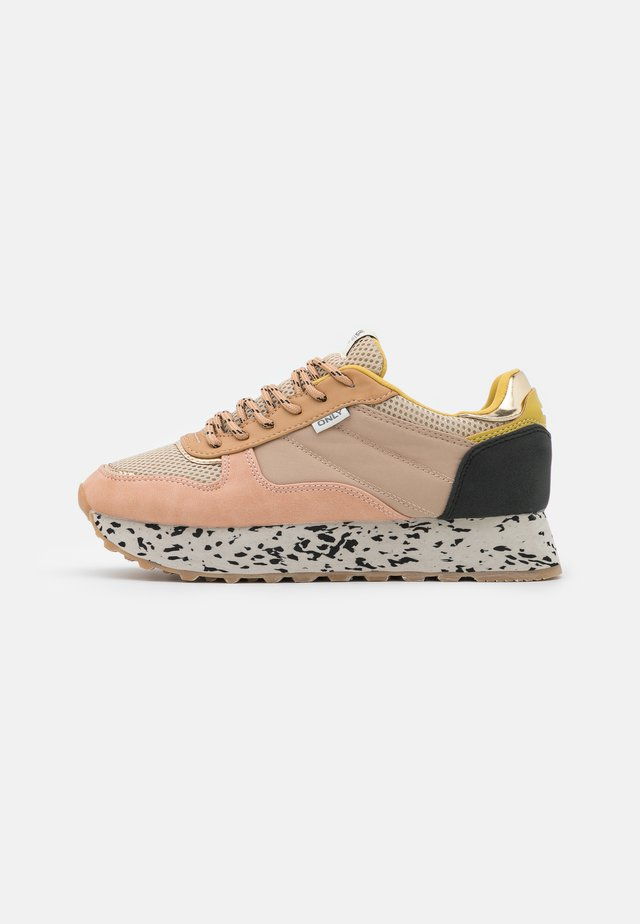 ONLSONIA - Sneakers basse - yellow