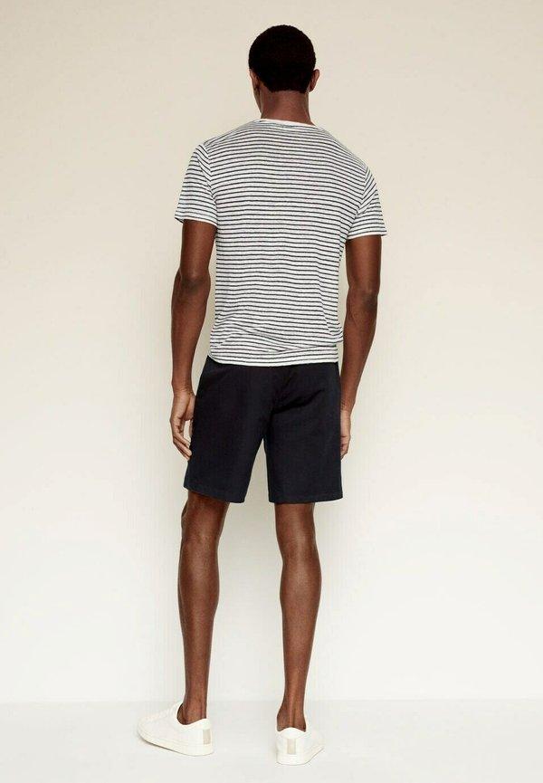 Mango T-shirt z nadrukiem - gebroken wit/biały Odzież Męska MYCU