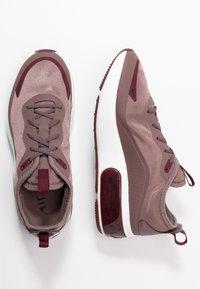 Nike Sportswear - AIR MAX DIA - Sneaker low - plum eclipse/black/night maroon/summit white - 3