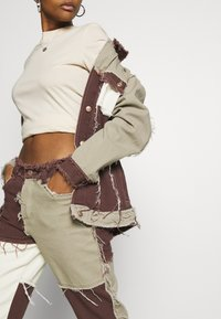 Jaded London - PATCHWORK  BOYFRIEND FIT WITH FRAYED SEAMS - Jeans relaxed fit - brown - 4