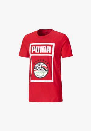 EGYPT PUMA  - Print T-shirt -  red- white
