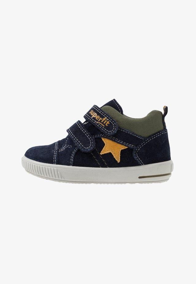 MOPPY - Touch-strap shoes - blau/gelb/grün