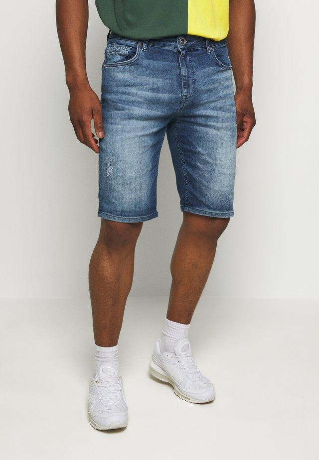 TREVON  - Szorty jeansowe - blue denim