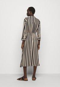 RIANI - KLEID - Denní šaty - beige - 2