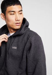 Vans - BASIC ZIP HOODIE - Felpa aperta - black heather - 4