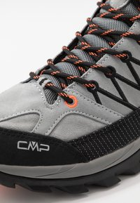 CMP - RIGEL MID TREKKING SHOES WP - Hiking shoes - cemento/nero - 5