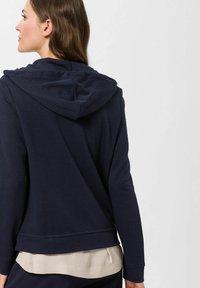 BRAX - Zip-up sweatshirt - marine - 2