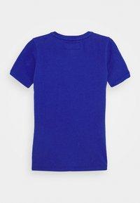 Vingino - HAJARI - Print T-shirt - italian blue - 1