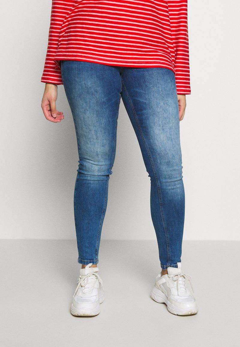 Zizzi - NILLE LIM - Jeans Skinny Fit - blue denim