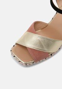 Gaimo - CORDELIA  - Sandals - salmon/gold/black - 7