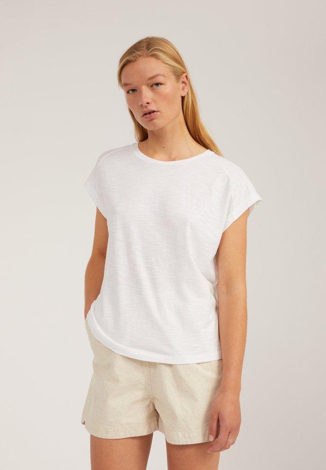 OFELIAA - T-Shirt basic - white