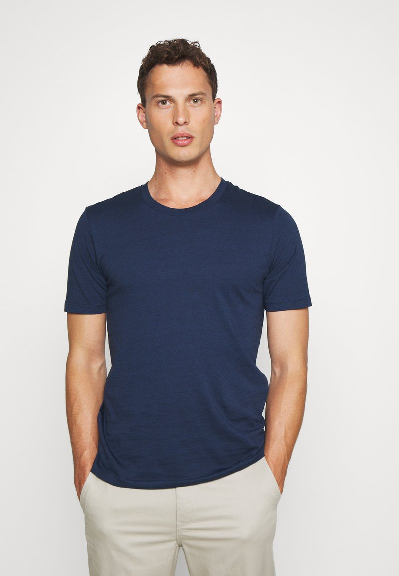 Selected Homme - SHDTHEPERFECT ONECK TEE - Printtipaita - estate blue/black