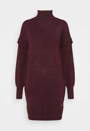 Gebreide jurk - red dark