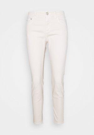 BAKER - Jeans slim fit - ivory