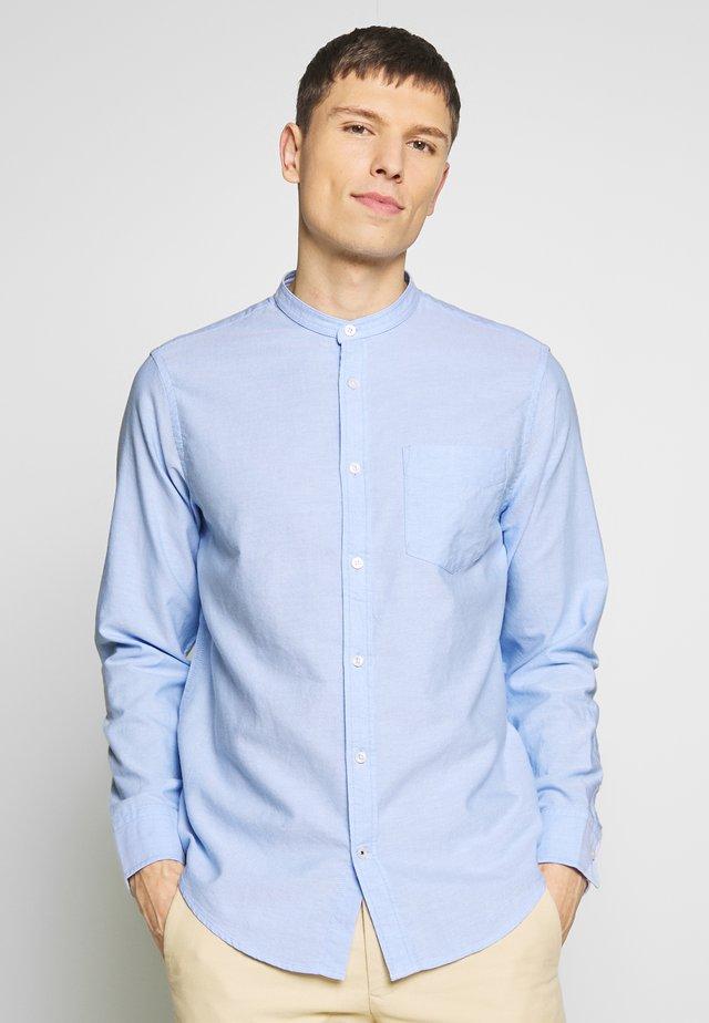 JUSTIN  - Shirt - light blue