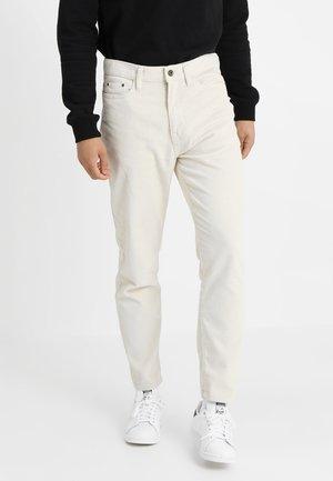 BAGGY PANTS - Trousers - lightsand
